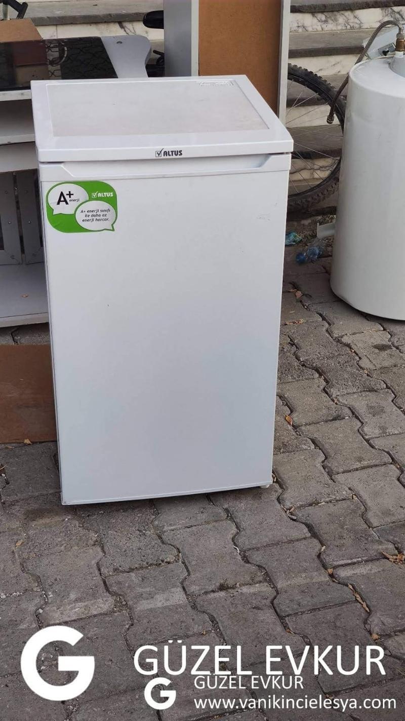 Altus Mini Buzdolabı